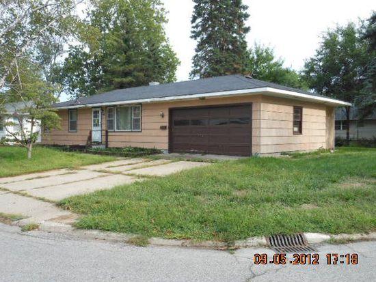 443 Village Ln, Elkhart, IN 46517