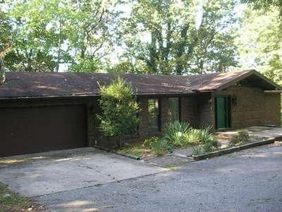 3 Pine Top Pl, Charleston, WV 25314