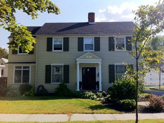 52 Lorraine St, Plattsburgh, NY 12901
