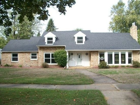 1104 Soo Marie Ave, Stevens Point, WI 54481