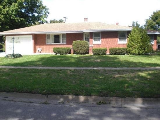 304 E Hickory St, Fairbury, IL 61739