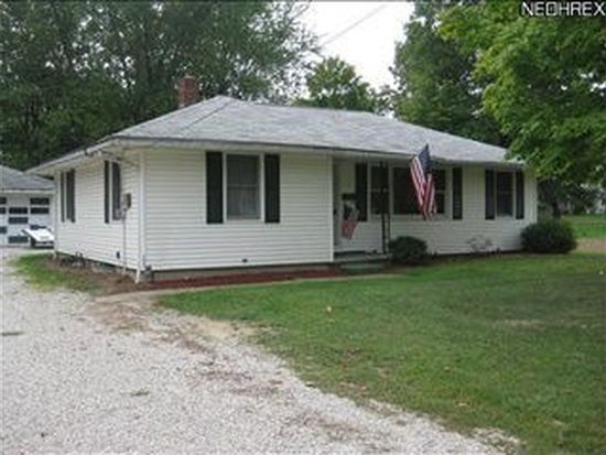 12 E Erie St, Jefferson, OH 44047