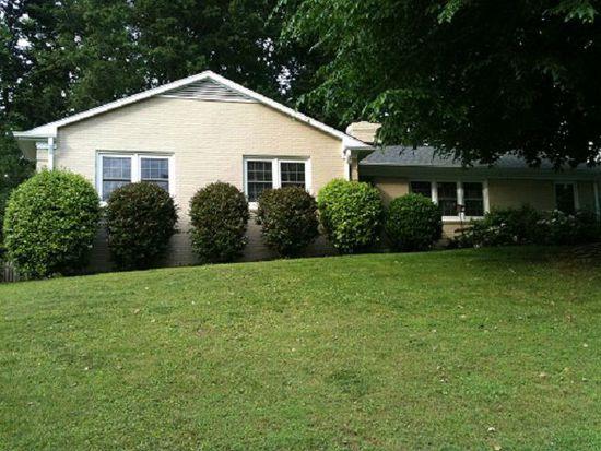 1302 Surry Dr, Greensboro, NC 27408