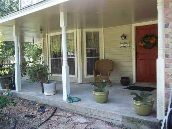 203 Pinehurst Dr, Sour Lake, TX 77659
