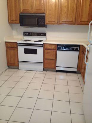 9100 N White Oak Ln APT 110, Bayside, WI 53217