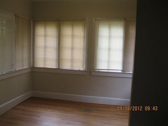 687 Woodruff Place West Dr APT 2, Indianapolis, IN 46201