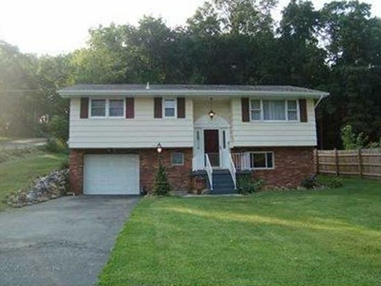 521 N 5th St, Youngwood, PA 15697