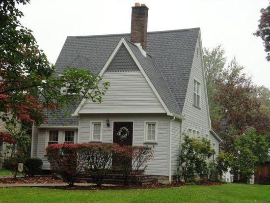 409 E Washington Blvd, Grove City, PA 16127