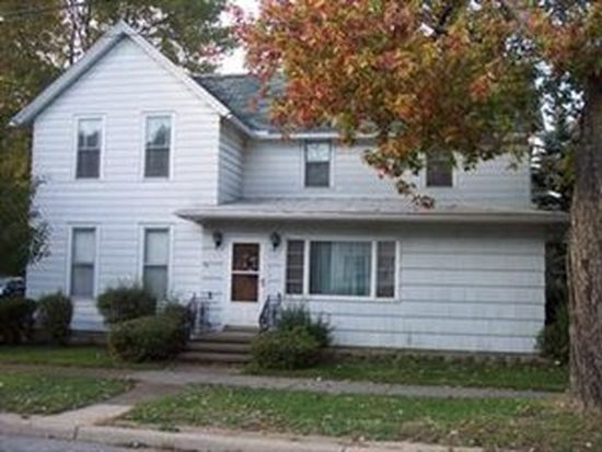 62 Middle Rd, Dunkirk, NY 14048