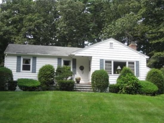 2 Southwick Rd, North Reading, MA 01864