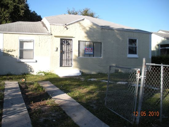 827 NW 64th St, Miami, FL 33150