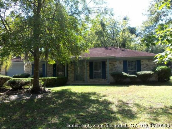 229 Holiday Cir, Savannah, GA 31419