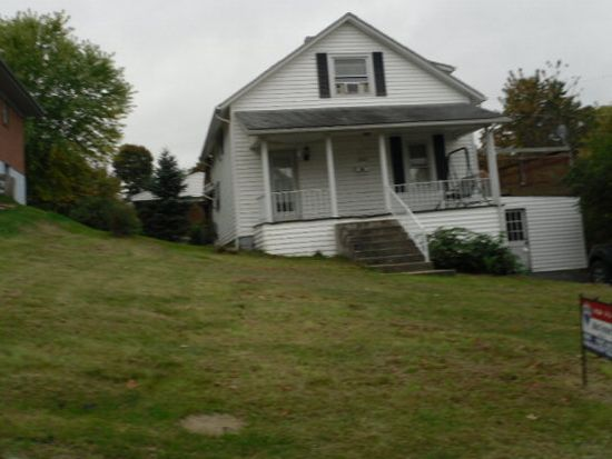 2808 Clovis St, Bluefield, WV 24701