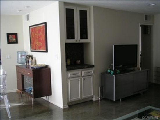 1021 N Crescent Heights Blvd APT 103, West Hollywood, CA 90046