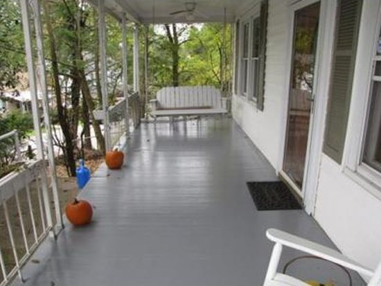 1430 Ravinia Rd, Charleston, WV 25314
