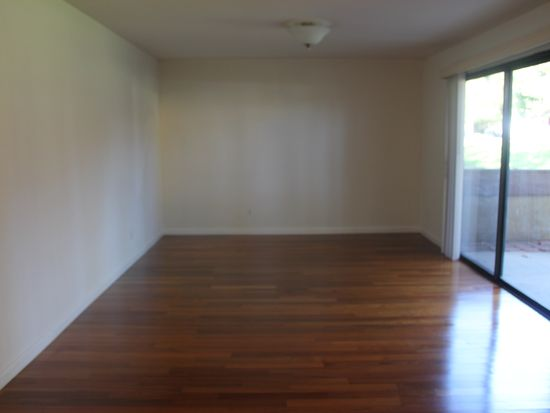 1209 Edwards St APT 55, Redlands, CA 92374