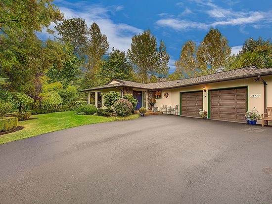 21323 38th Pl W, Brier, WA 98036