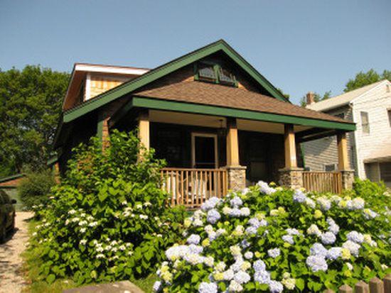 108 Howland Ave, Jamestown, RI 02835