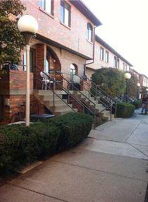 3253 Kennett Sq, Oakland, PA 15213