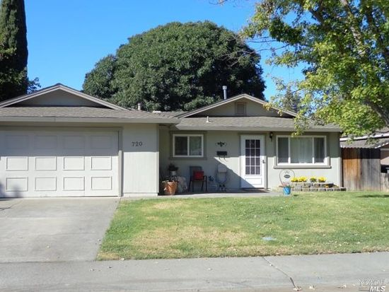 720 Apricot Ave, Winters, CA 95694