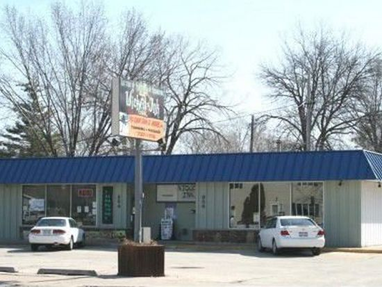 854 S Commercial St, Neenah, WI 54956