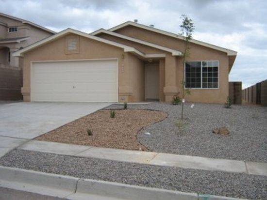 3011 Zia St NE, Rio Rancho, NM 87144