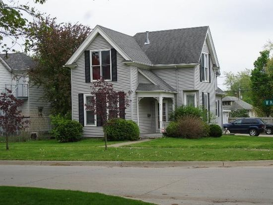 414 W Main St, Knoxville, IA 50138