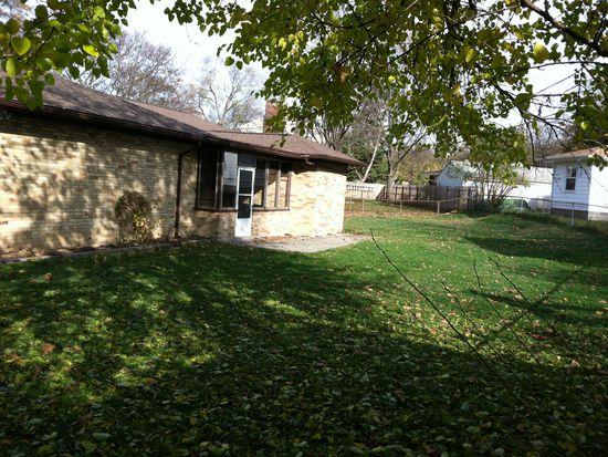 158 Pershing Dr NE, Grand Rapids, MI 49505