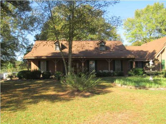 1651 Ford Rd, Terry, MS 39170