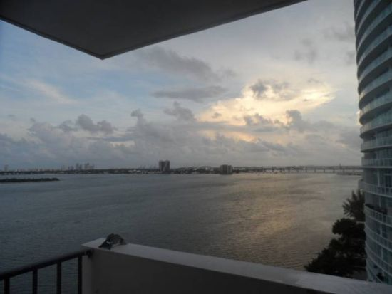 700 NE 26th Ter APT 402, Miami, FL 33137