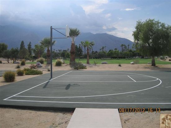 1201 Sunflower Cir S, Palm Springs, CA 92262
