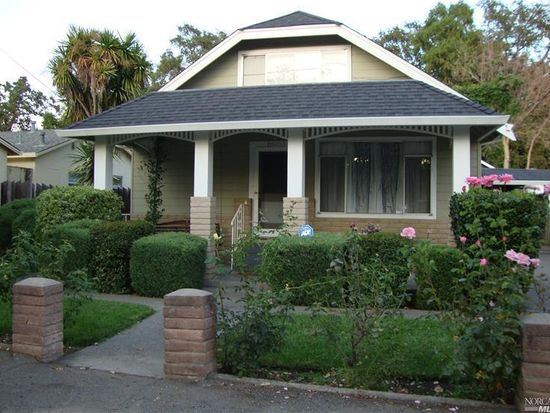 18053 Comstock Ave, Sonoma, CA 95476