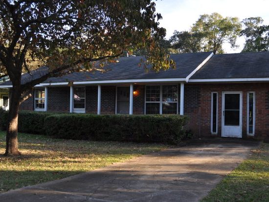 3319 Sweetbrier Rd, Albany, GA 31701