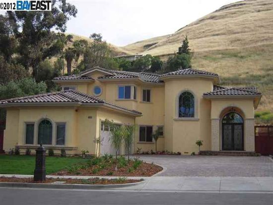 40718 Canyon Heights Dr, Fremont, CA 94539