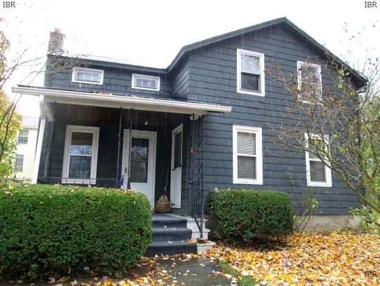 2 Bloomer St, Union Springs, NY 13160