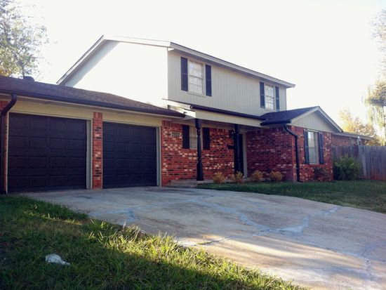 2922 Willow Creek Dr, Norman, OK 73071
