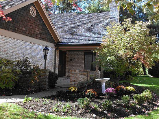 109 Village Ct, Pittsburgh, PA 15241