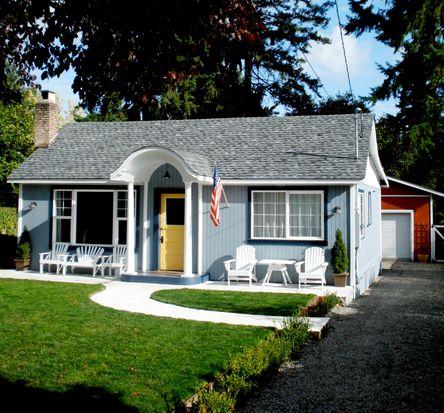 11736 8th Ave NE, Seattle, WA 98125