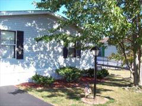 504 Applewood Dr, Lockport, NY 14094