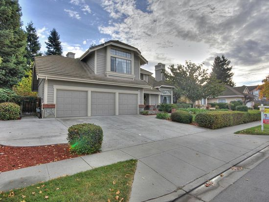 48954 Green Valley Rd, Fremont, CA 94539
