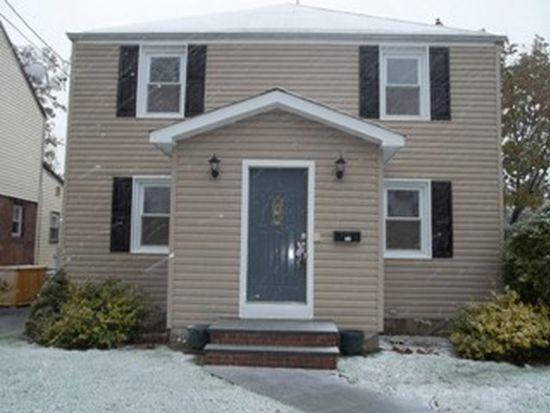 351 Beebe Rd, Mineola, NY 11501