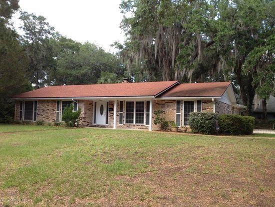 11 Tallwood Rd, Jacksonville Beach, FL 32250