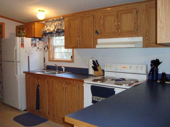 29 Lavalley Rd, Champlain, NY 12919
