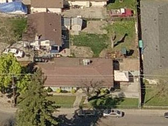 220 Stone Blvd, West Sacramento, CA 95691