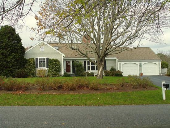 30 Thyme Ln, Osterville, MA 02655