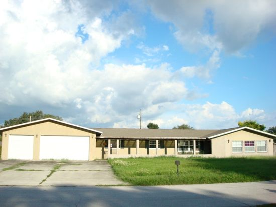 1705 Thomas Dr, Clearwater, FL 33759