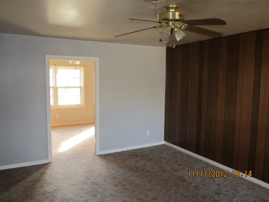 4709 42nd St, Lubbock, TX 79414