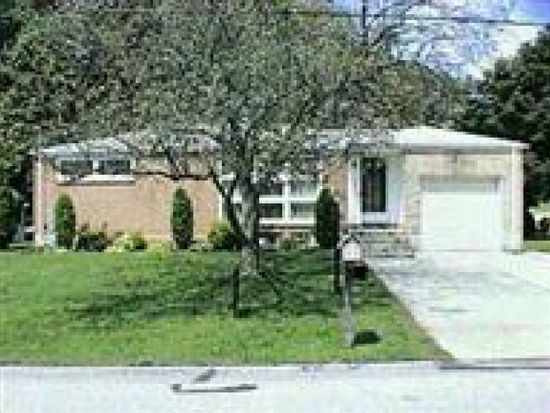 2670 Clearbrook Blvd, York, PA 17406