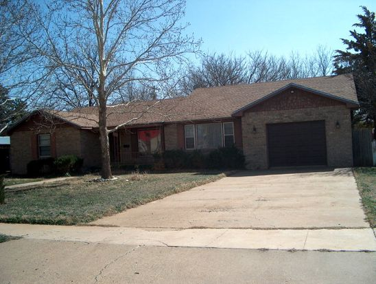2311 N 3rd St, Tahoka, TX 79373