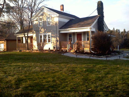 16776 Shurmer Rd, Strongsville, OH 44136